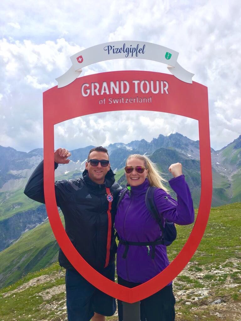 Grand Tour Of Europe S Greatest: Foto Spot Stele Grand Tour Of Switzerland